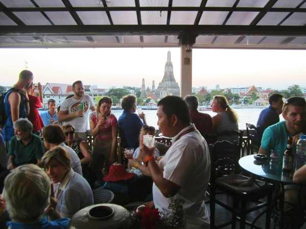 Amorosa Bar am Chao Phraya