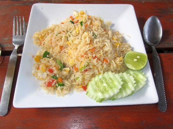 Essen und Trinken in Thailand: Top 10 Gerichte und mehr ...
