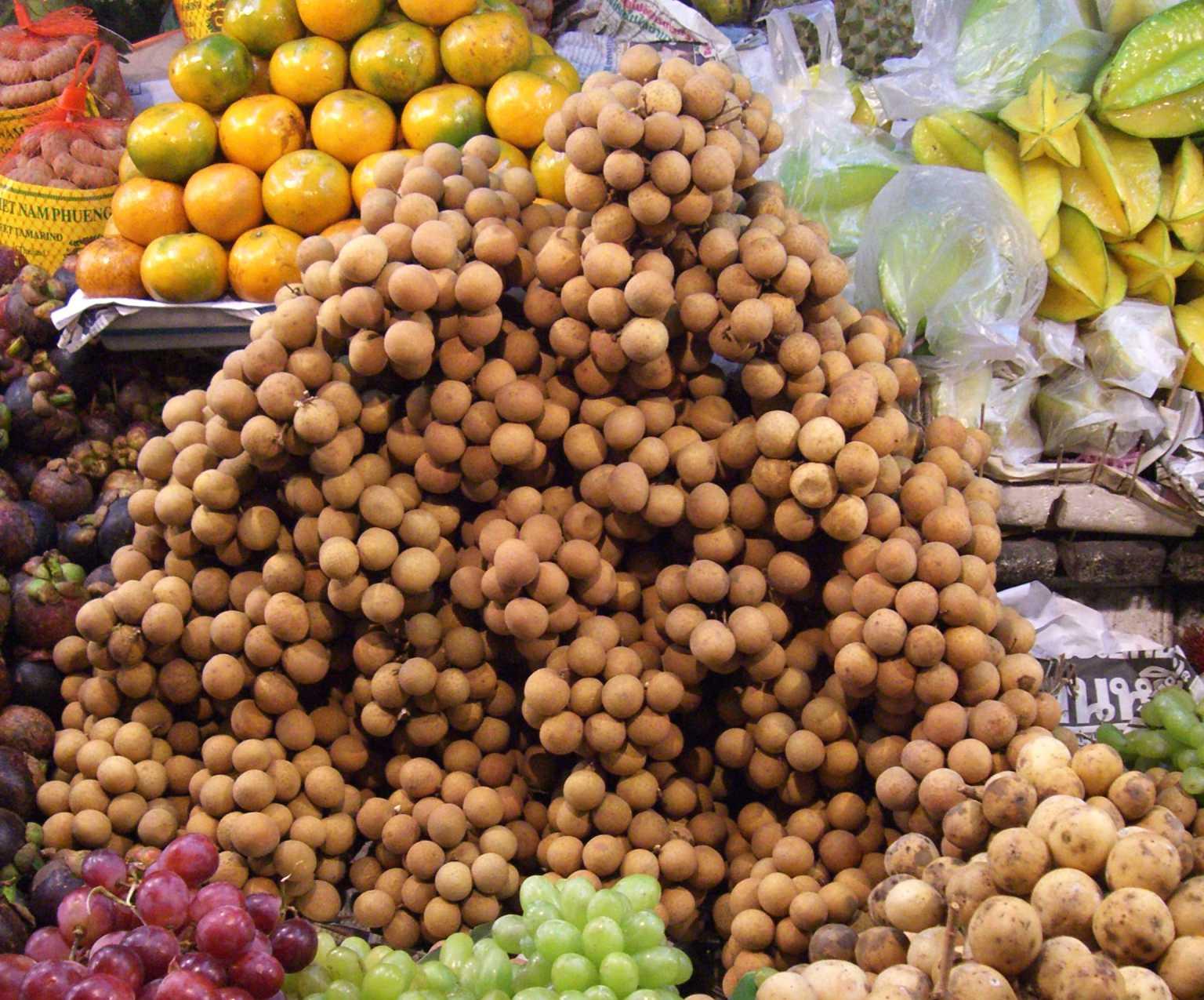 nicht essbare baumfrüchte